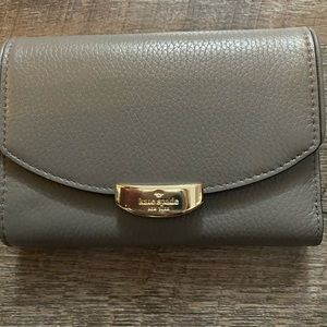 NWT Kate Spade Gray wallet Pebble Leather Gold